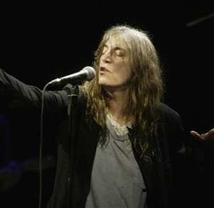 patti smith canzone amy winehouse