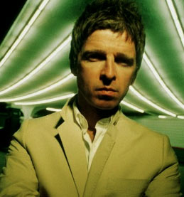 Everybody's On The Run Noel Gallagher 2012