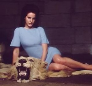 Lana Del Rey Marylin e Jackie National Anthem video