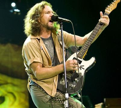 Pearl Jam Mind Your Manners è il nuovo singolo