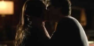 the vampire diaries 5x16 damon elena bacio
